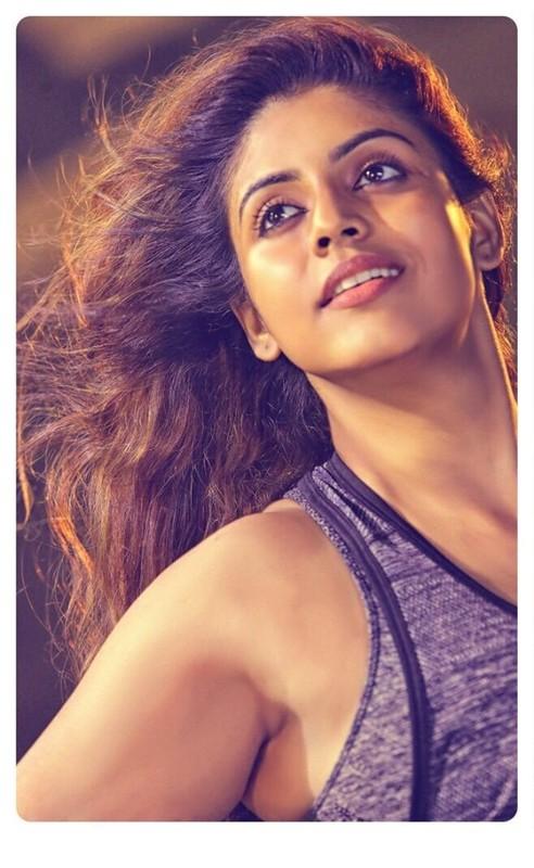 Actress Ineya Photo