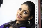 Iniya Photos 7420