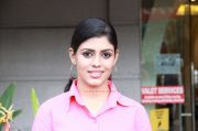 Iniya Photos 7501