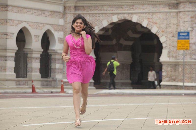 Actress Ishita Stills 1160