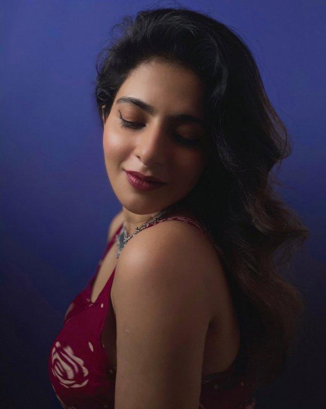2020 Albums Iswarya Menon Tamil Actress 4982