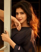 Iswarya Menon South Actress Latest Wallpapers 8764