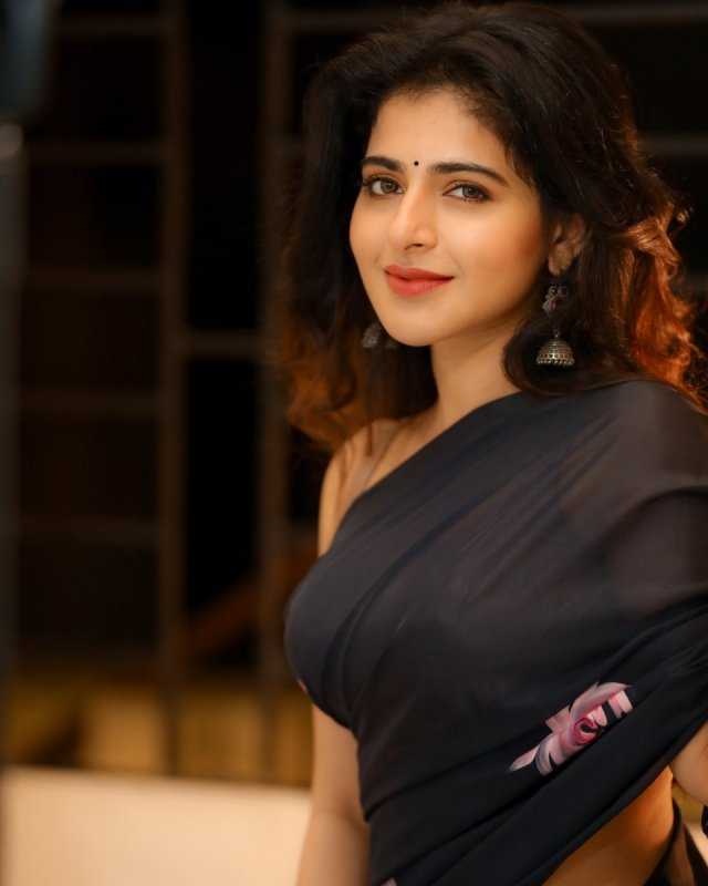 New Picture Iswarya Menon South Actress 1861
