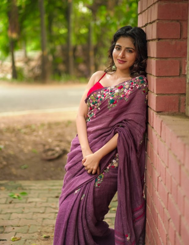 Recent Picture Iswarya Menon Movie Actress 1394