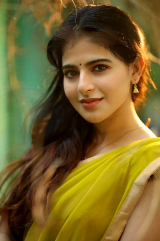 Tamil Movie Actress Iswarya Menon Nov 2020 Photo 749