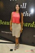 Tamil Actress Iyshwarya Rajesh Stills 170