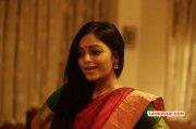 Recent Still Janani Iyer Heroine 9270