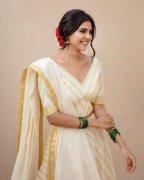 Kalyani Priyadarshan Actress 2020 Wallpaper 3493