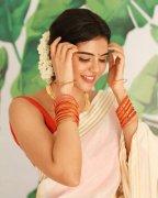 South Actress Kalyani Priyadarshan New Pics 4950
