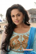 Apr 2015 Pics Tamil Movie Actress Karthika Nair 3958