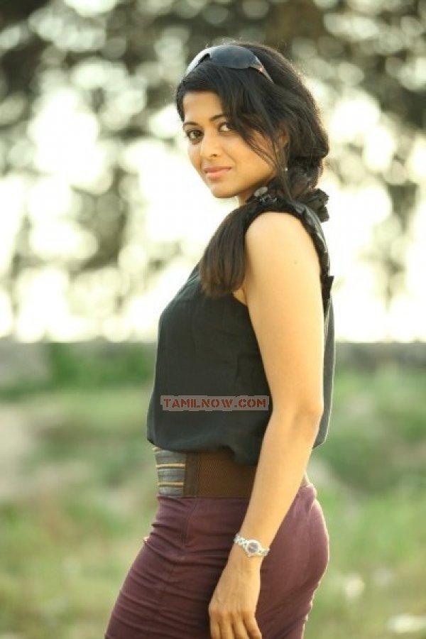 Kavita Srinivas 3255