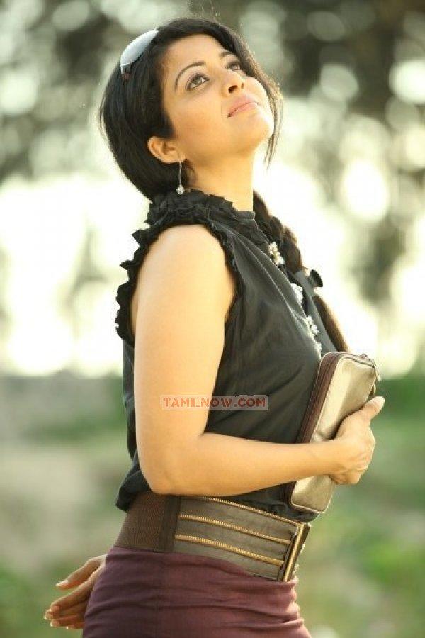 Kavita Srinivas 3298