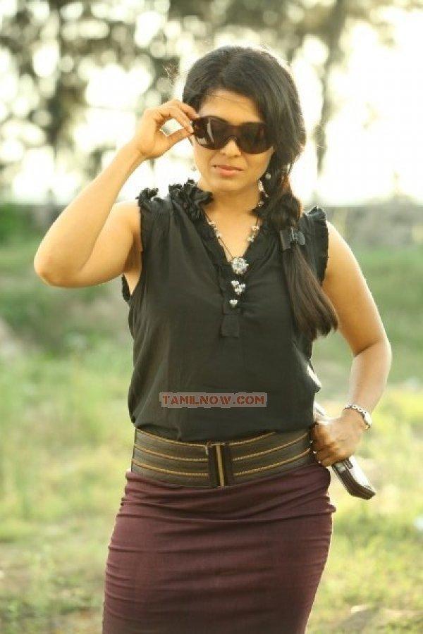 Kavita Srinivas Photos 7195