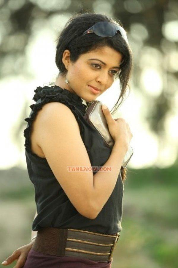 Kavita Srinivas Photos 8544