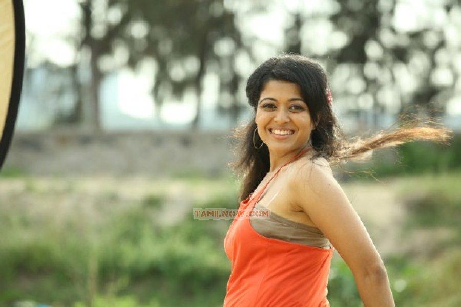 Tamil Actress Kavita Srinivas Stills 7621