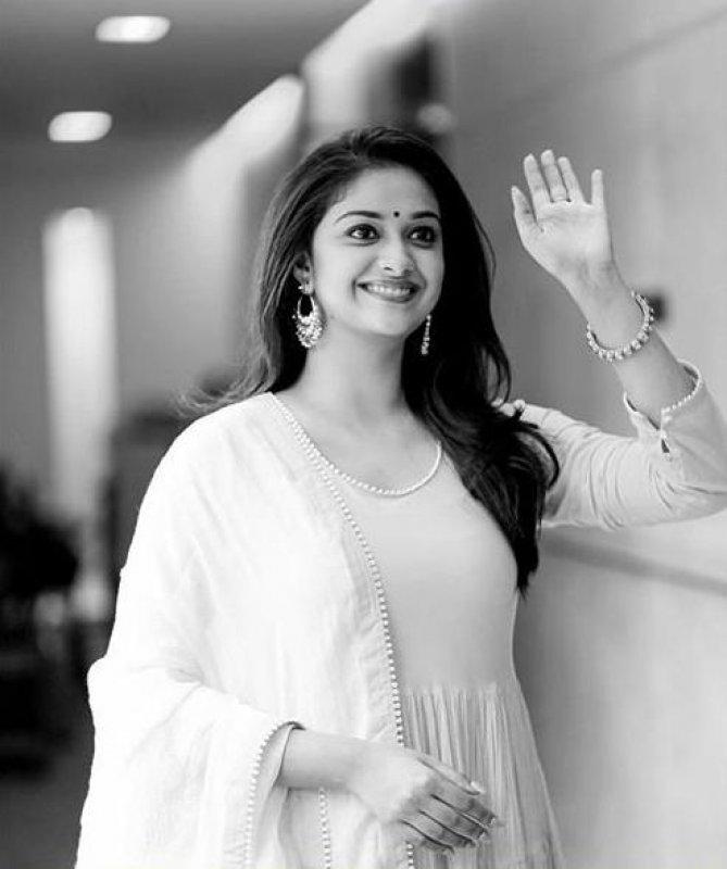 Cinema Actress Keerthi Suresh New Albums 7846