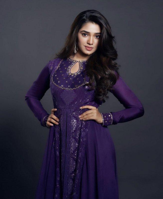 Heroine Krithi Shetty Photos 4848