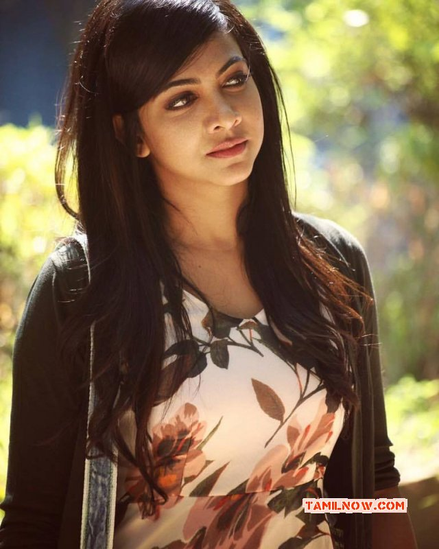 2017 Gallery Tamil Actress Madonna Sebastian 6380