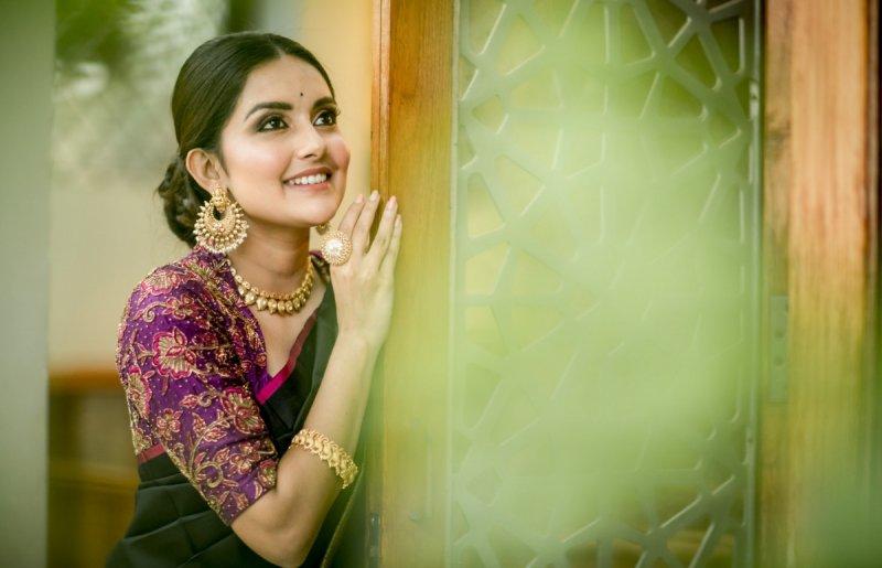 Recent Pictures Mahima Nambiar Tamil Movie Actress 5996
