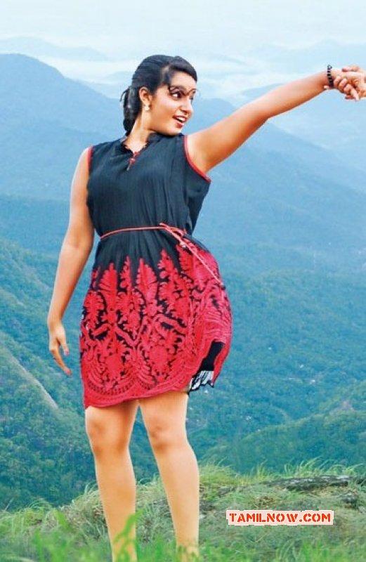 Pics Malavika Menon Film Actress 2351
