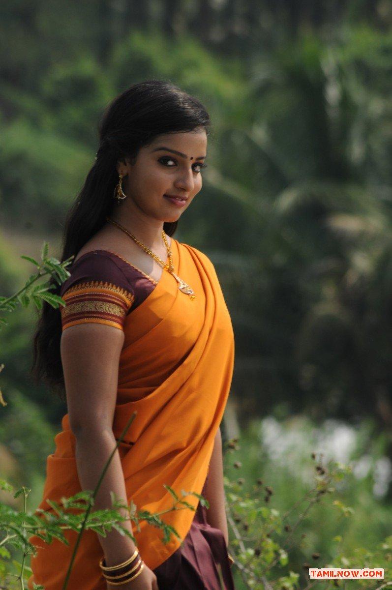Tamil Actress Malavika Menon 9743