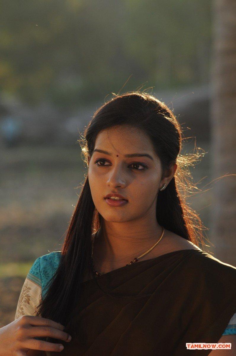 Tamil Actress Malavika Menon Photos 963