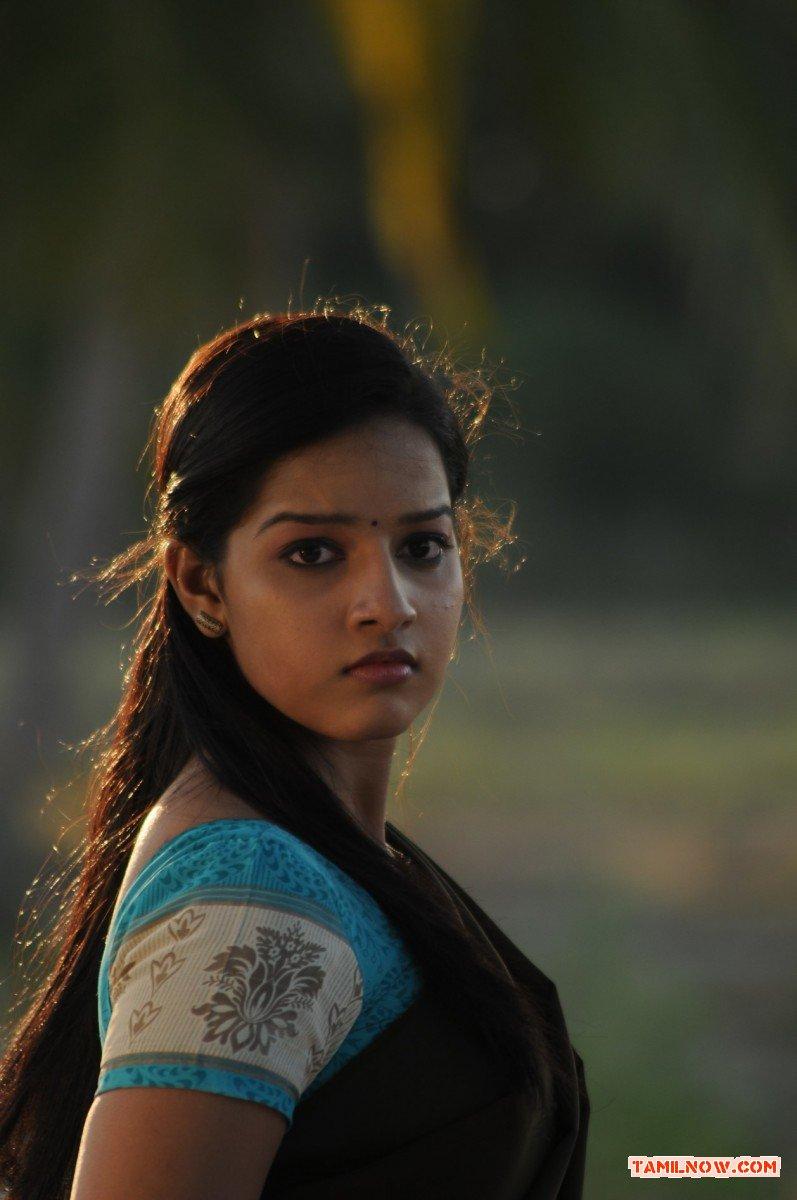 Tamil Actress Malavika Menon Photos 9987