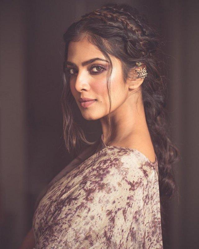 Galleries Film Actress Malavika Mohanan 2930