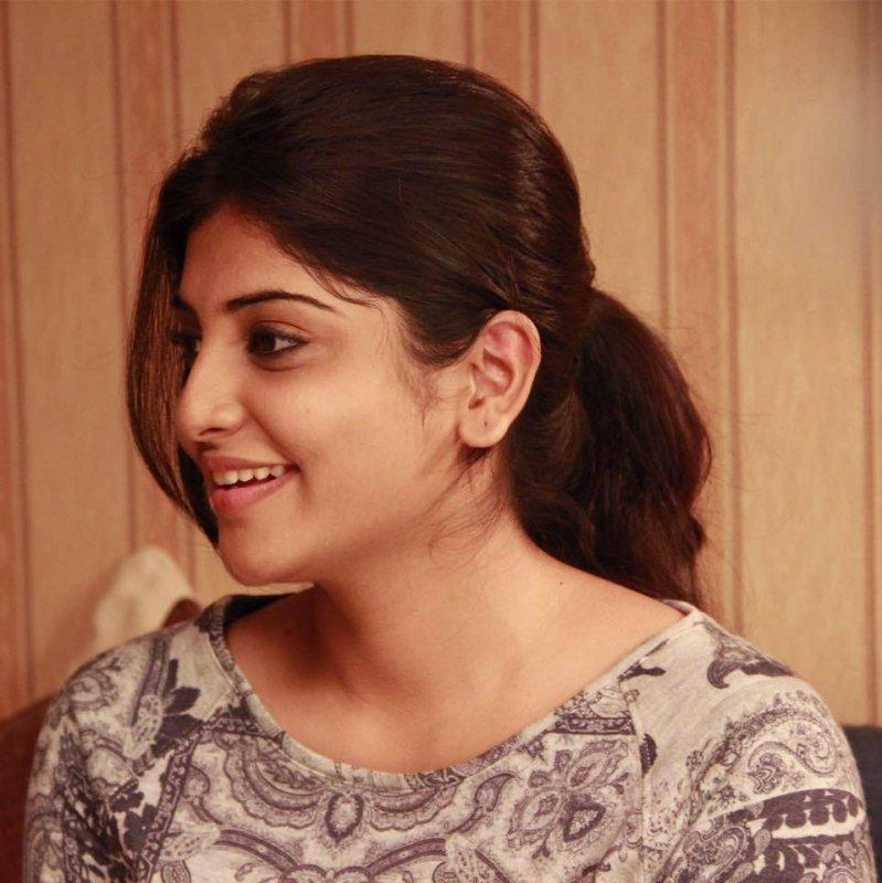 Latest Album Manjima Mohan Actress 624