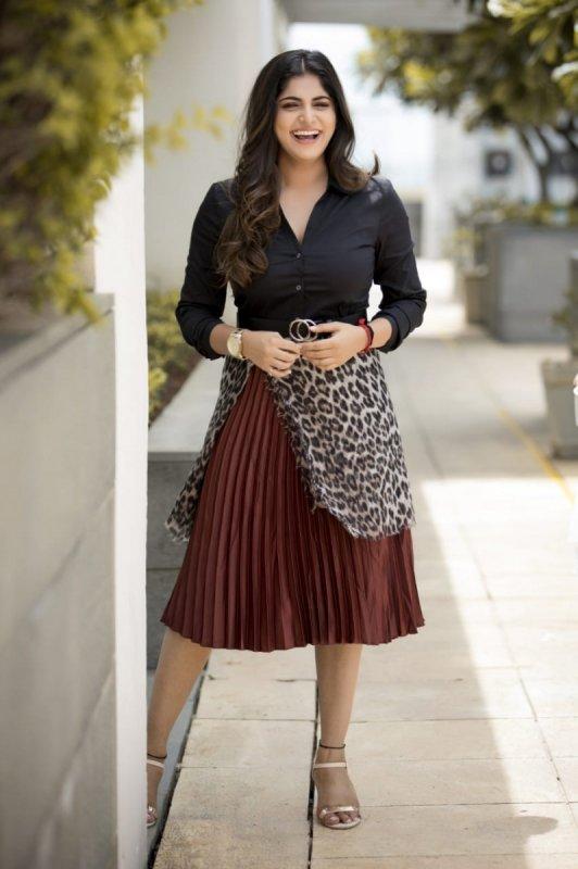Movie Actress Manjima Mohan Photos 5883