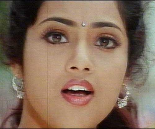 http://www.tamilnow.com/movies/actresses/meena/meena-0176.jpg