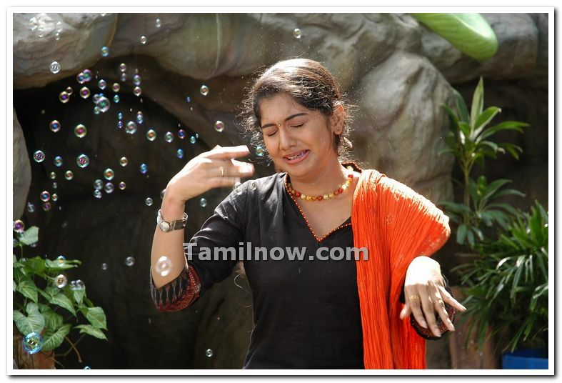 Actress Meera Nandan Photo 1