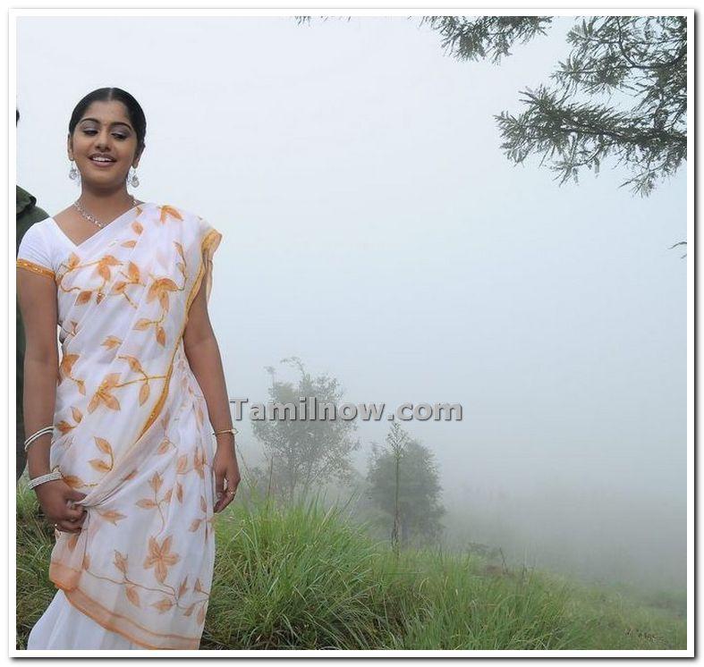 Actress Meera Nandan Photo 6