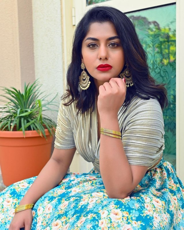 Recent Photos Cinema Actress Meera Nandan 9374