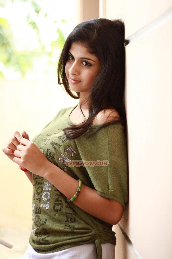 Actress Mrudhula Basker 151