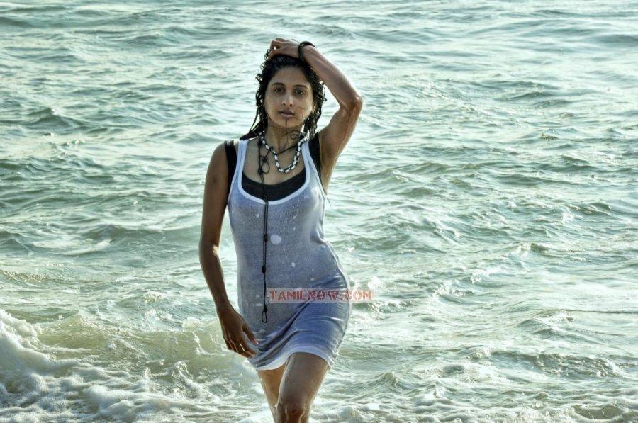 Actress Mrudhula Basker 4622