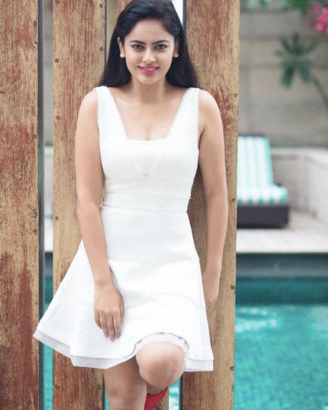 Latest Galleries Cinema Actress Nandita Swetha 6627