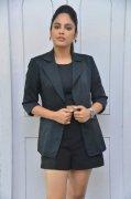 Tamil Heroine Nandita Swetha New Wallpaper 8374