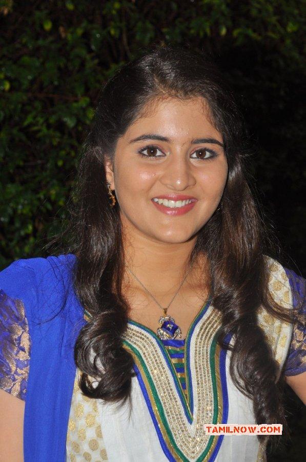 2014 Pic Navika Actress 652