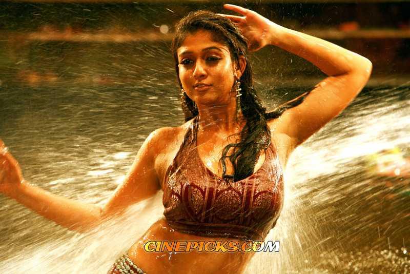 nayanthara in sathyam   tamil actress nayantara photos