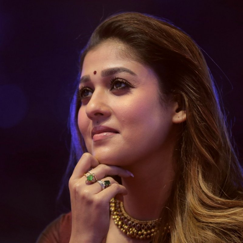 New Stills South Actress Nayantara 3612