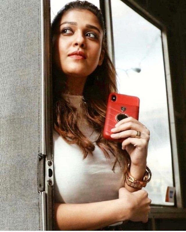 Recent Gallery Movie Actress Nayantara 2247