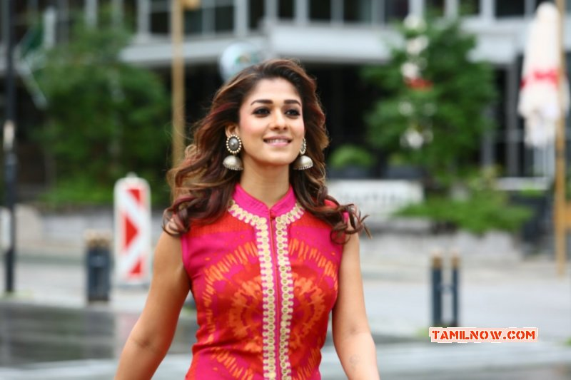 New Picture Nayanthara Actress 3821