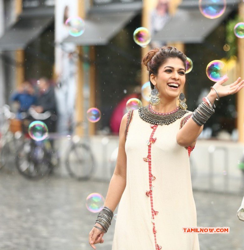 Still Cinema Actress Nayanthara 8621