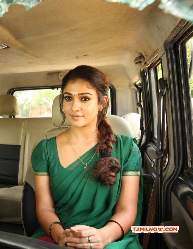 Tamil Actress Nayanthara New Pic 4106