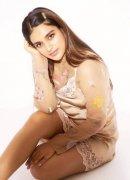 New Photo Actress Nidhhi Agerwal 9702