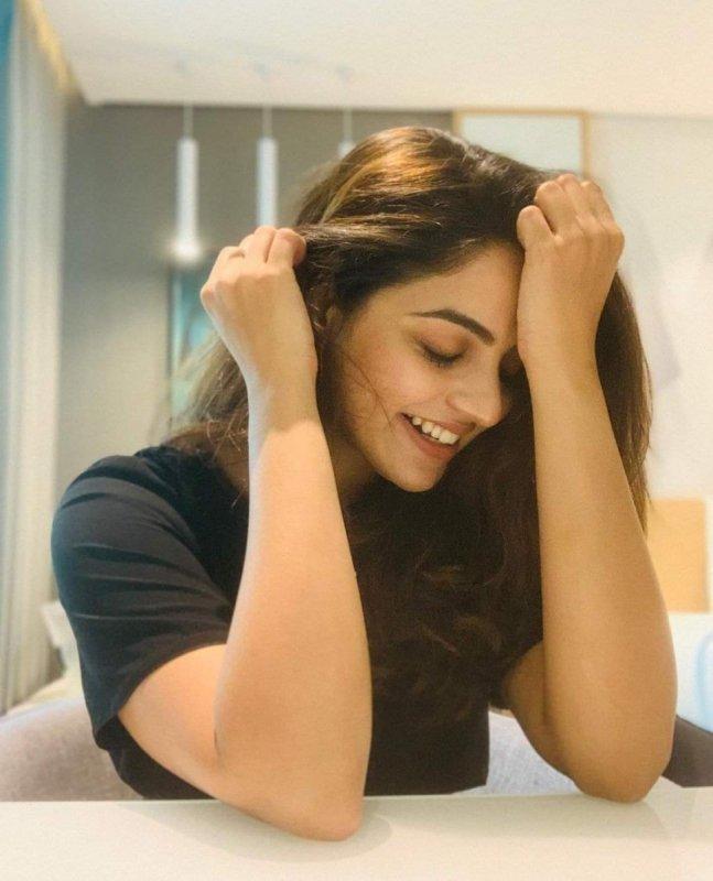 2021 Pictures Cinema Actress Nikhila Vimal 7681