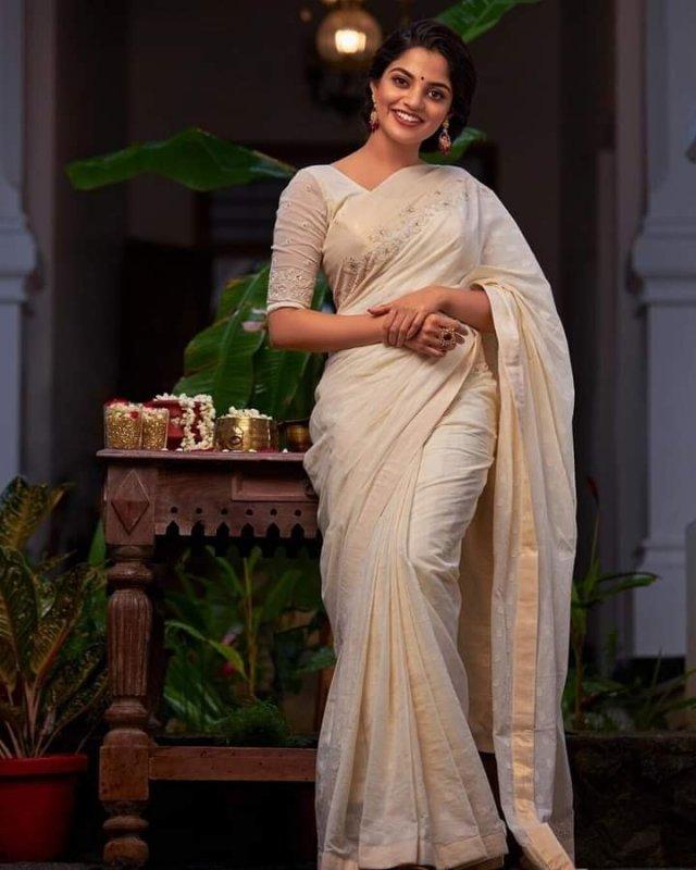 Tamil Actress Nikhila Vimal Latest Pictures 5796