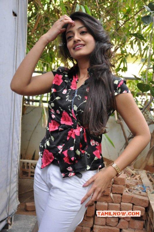 Nikitha Narayan Feb 2015 Photo 123