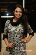 Nikitha Narayan Heroine Wallpapers 9217